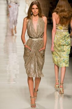 Etro Collection Slideshow on Style.com