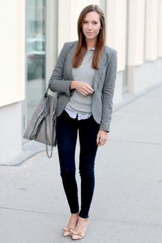 Trendy business casual work outfits for woman 8 the outdoors офисный стиль, Style Casual, Casual Work Outfits, Winter Outfits For Work, Work Attire, Work Casual, Blazer Outfits, Classy Casual, Gray Outfits, Outfit Work