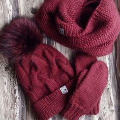 WEBSTA @ labrezzastudioknitting - Очень вкусный цвет, ❤️❤️❤️, пух бейби-альпаки и мягкая шерсть. Глоток глинтвейна в зимний день!❄️ комплект свободен! #итальянскаяпряжа