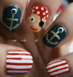 The next time I'm on a disney cruise I'm doing this to my nails for pirate night :)