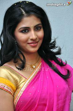 Beautiful Girl Photo, Beautiful Girl Indian, Most Beautiful Indian Actress, Beautiful Saree, Gorgeous Women, Cute Beauty, Beauty Full Girl, Beauty Women, Indian Natural Beauty