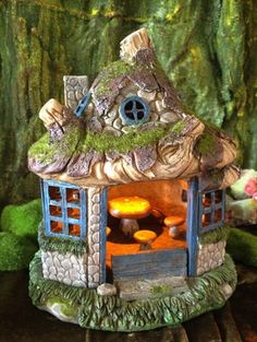 Solar-powered Fairy House with furniture