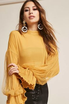Forever 21: Sheer Chiffon Top, Category in size Medium