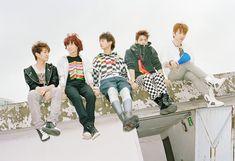 K-POP: Shinee - Romeo (Photoshoot)