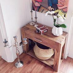 Auch so ne Ecke die ich noch überarbeiten muss... . . .  #homedeko#homedekor#homedetails#interiordekor#styling#interior#interiordesign#interiorinspo#interior2you#instagood#interior123#passion4interior#inspoweekend#whiteinterior#roomdesign#germanblogger#wohnkonfetti#interior_and_living#roomforinspo#homeadore#interiorandhome#interior4all#charminghomes#interiorideas#lovelyinterior#homeideas#roomdesgin#houseandhome