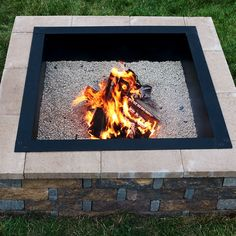 Make sure that all of your backyard fires are contained and kept from spreading with a Sunnydaze square heavy-duty fire pit liner from Serenity Health. Fire Pit Bowl, Fire Pit Area, Cool Fire Pits, Diy Fire Pit, Garden Fire Pit, Fire Pit Backyard, Backyard Fireplace, Steel Fire Pit Ring, Fire Pit Liner