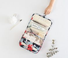 Toiletry Bag And Bottles Cosmetic Display, Exfoliating Gloves, Travel Toiletries, Travel Organization, Toiletry Bag, Large Bags, Skin Treatments, Cute Gifts