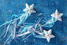 Du veranstaltest eine Eiskönigin-Party und suchst noch nach passenden Ideen? Weitere Inspirationen für Deinen Kindergeburtstag gibt es auf blog.balloonas.com. Dort findest Du auch noch mehr Ideen für Deine Frozen-Party. #balloonas #eiskönigin #frozen #kindergeburtstag