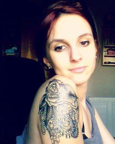 Tatto rose and hindu style