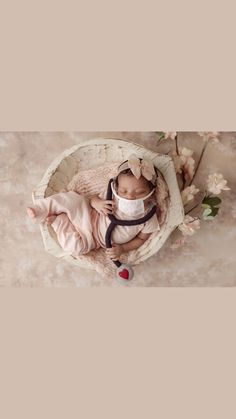 Newborn Photo Props, Newborn Photos, Coffee Pictures, Felt Animals, Maternity Photography, Textile Art, Wool Felt, Fiber Art, Curly Hair Styles