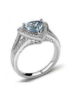 Gorgeous 925 Sterling Silver Ring With Natural Cystal