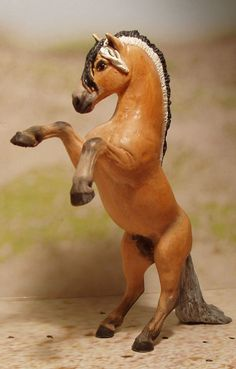 custom stablemate model horse - Google Search
