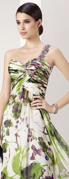 Floral Fashion, High Fashion, Fashion Dresses, Beautiful Gowns, Beautiful Outfits, Cool Outfits, Traje A Rigor, Evening Dresses, Prom Dresses