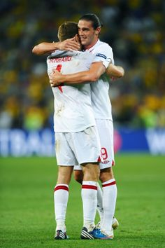 LFC at Euro 2012: Stevie & Andy celebrate in England win - Liverpool FC
