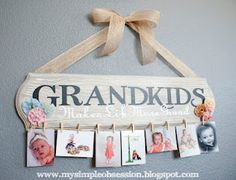 Great gift for grandparents! Christmas is just around the corner! I'm guna make these for parents and grandparents :)