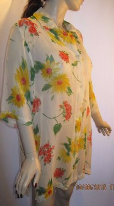 Pilpel Size S/M Long Sheer Floral Tunic Top With Button Front and 3/4 Sleeves  #Pilpel #Tunic #Casual