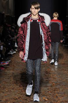 Kris Van Assche Fall Winter 2015   Men's Paris Fashion Week
