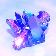 I just love having crystals in the bathroom, in my own there would be several colors/kinds