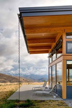 Nahahum by Balance Associates Architects (very cool Angle Iron rain gutter)