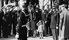 Stan Stearns, Photographer of John F. Kennedy Jr.'s Salute to Father, Dies at 76