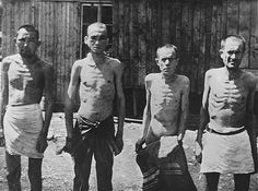 Prisioneiros de guerra soviéticos no campo de concentração de Mauthausen. Áustria. Janeiro de 1942.