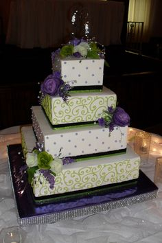 Square Wedding Cakes - buttercream squares, with piped scrolls and candy pearls, fresh flowers