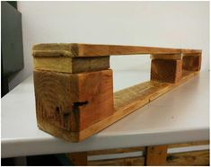 Making pallet furniture can be easy and fun. Here's an idea of how to quickly make a Very Simple Pallet Shelf. Cut the last part of a pallet at its length. Sand all of the surfaces to make it smooth to the touch and ready for stain. Use stain, varnish, finish, or paint it however … Read More » #PalletBookshelf, #PalletShelves