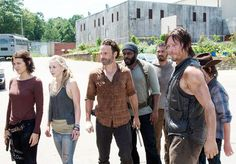 The Walking Dead Spoils Shocking Character Death, Fans React: Spoiler Alert - Yahoo TV