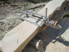In this instructable we will see how to make a chainsaw mill, how to use it, and discuss some tips and tricks to the hidden and mystical art of planking up fallen. Homemade Chainsaw Mill, Portable Chainsaw Mill, Lumber Mill, Wood Mill, Diy Wood Projects, Wood Crafts, Backyard Projects, Chainsaw Mill Plans, Diy Tools