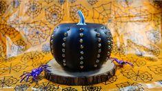 Punk-kin Pumpkin Decorating, Decorating Tips, Sweater Pumpkins, Metallic Spray Paint, Jar Art, Glitter Top, Least Favorite, Melting Crayons, Spray Painting