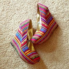 """HP Mossimo """"Payton"""" multicolor wedge Host Pick- 7/27: Summer Staples PartyGorgeous and playful multicolor wedge.  Wedge is approximately 5"""" with an approximate 2"""" platform.  Gorgeous detailing throughout shoe- no stains or rips to the fabric.  Heel is in great shape- few minor dings from wearing twice.  Perfect for the summer season! Mossimo for Target Shoes Wedges"""