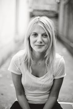 """""""I'm not scared of growing old, I'm just scared of not achieving everything that I want to do."""" {Mélanie Laurent}"""