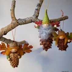 20 DIY Pinecone Craft Projects For Christmas Decoration: A round up of Pinecone Crafts to Dress Up Home Decoration during Holiday Season. Autumn Crafts, Nature Crafts, Christmas Projects, Holiday Crafts, Christmas Crafts, Christmas Ornaments, Father Christmas, Christmas Trees, Diy Y Manualidades