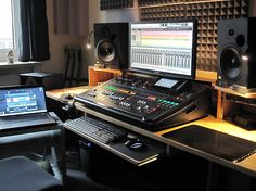 The ultimate home recording studio equipment site. Great deals and huge selection of home recording studio equipment. Home Studio Musik, Audio Studio, Music Studio Room, Sound Studio, Music Rooms, Home Studio Setup, Studio Desk, Dream Studio, Home Recording Studio Equipment