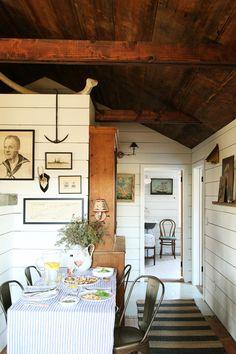 Lakeside Cottage, Lake Cottage, Cozy Cottage, Cottage Style, Cottage Ideas, Seaside Cottage Decor, Backyard Cottage, Cottage House, Tiny House