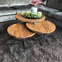 Salontafelset oud Teak - Lilly is Love Table Decor Living Room, Living Room Colors, Living Room Grey, Home Decor Furniture, Home Decor Bedroom, Modern Loft Apartment, Coffe Table, Center Table, Creative Decor