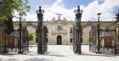 http://www.spain-portugal-tours.com/blog/20156/top-ten-places-to-visit-in-seville/