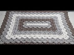 Tapete de Crochê Retangular Ponto Concha - YouTube