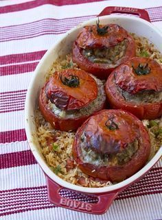 Stuffed Tomatoes In The Old Lady Coquillette Gourmet Cooking Recipes Fun Easy Recipes, Healthy Crockpot Recipes, Meat Recipes, Healthy Dinner Recipes, Cooking Recipes, Healthy Drinks, Clean Eating Chicken, Gourmet Cooking, Main Meals