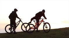 Très belle vidéo de deux copains à VTT en Tasmanie.