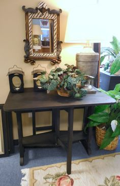 Double Brop Leaf Table! Super cute and space saving... $49.00. - Consign It! Consignment Furniture