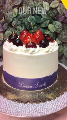 Birthday Cupcakes, Birthday Gifts, Cake Waffles, Happy Birthday Sister, Birthday Greetings, Sweets, Desserts, Food, Anniversary Cupcakes