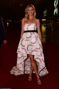 She's no wallflower:Kelly Rohrbach looked simply sensational in her…