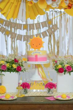 """This """"You Are My Sunshine Party"""" Will Leave Your Little One Glowing"""