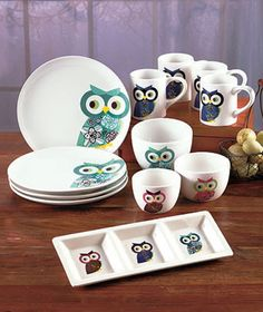 With the Owl Tabletop Collection, it's easy to set a stylish table. Each piece is decorated with the same owl design in various colors.