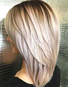 hair lengths medium layers Medium Hairstyle With V-Cut Layers Layered Haircuts For Medium Hair, Haircut For Thick Hair, Long Layered Hair, Medium Hair Cuts, Haircut Medium, Haircut Layers, Hairstyles For Medium Length Hair With Bangs, V Cut Layers, Chunky Layers