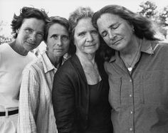 These four sisters have had their photos taken every year since 1975.