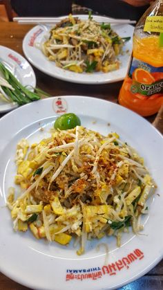 Sometimes you wonder if a particular dish or restaurant is really worth the hype. One of the most popular Thai dishes is Pad Thai. The classic noodle dish can be found everywhere in Bangkok. I real…