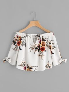 To find out about the V Cut Tie Cuff Florals Bardot Top at SHEIN, part of our latest Blouses ready to shop online today! Crop Top Outfits, Casual Outfits, Cute Outfits, Plaid Fashion, Teen Fashion, Womens Fashion, Spring Work Outfits, Vetement Fashion, Western Outfits