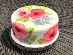 Yes cake painting. Much more preferable to painting on canvas as you get to eat it afterwards. Birthday Cake, Birthday Parties, Painted Cakes, Amazing Cakes, Squirrel Cake, Panna Cotta, Cake Painting, Cake Decorating, Pudding